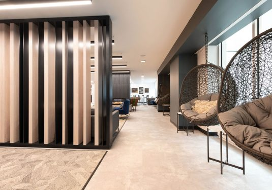 Lobby At 1047 Commonwealth